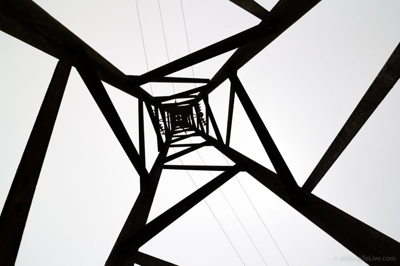 Geometry | 16mm equiv.; f5,6; 1/640; ISO 100